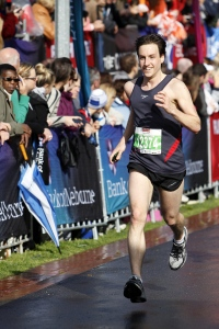 James runs the final stages of the Melbourne half marathon